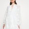 Korte jurk met bloemenmotief
