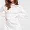 Korte jurk met ruches en opstaand kraagje