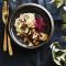 Truffelrisotto met krokant gebakken boschampignons en basilicumolie