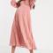 Poederroze midi-jurk met zigzagprint en kimonomouwen