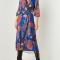 Kobaltblauwe midi-jurk met rode bloemenprint en lurex