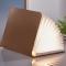 Lamp in de vorm van een boek