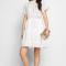 Mini-jurk met korte mouwen en kanten details