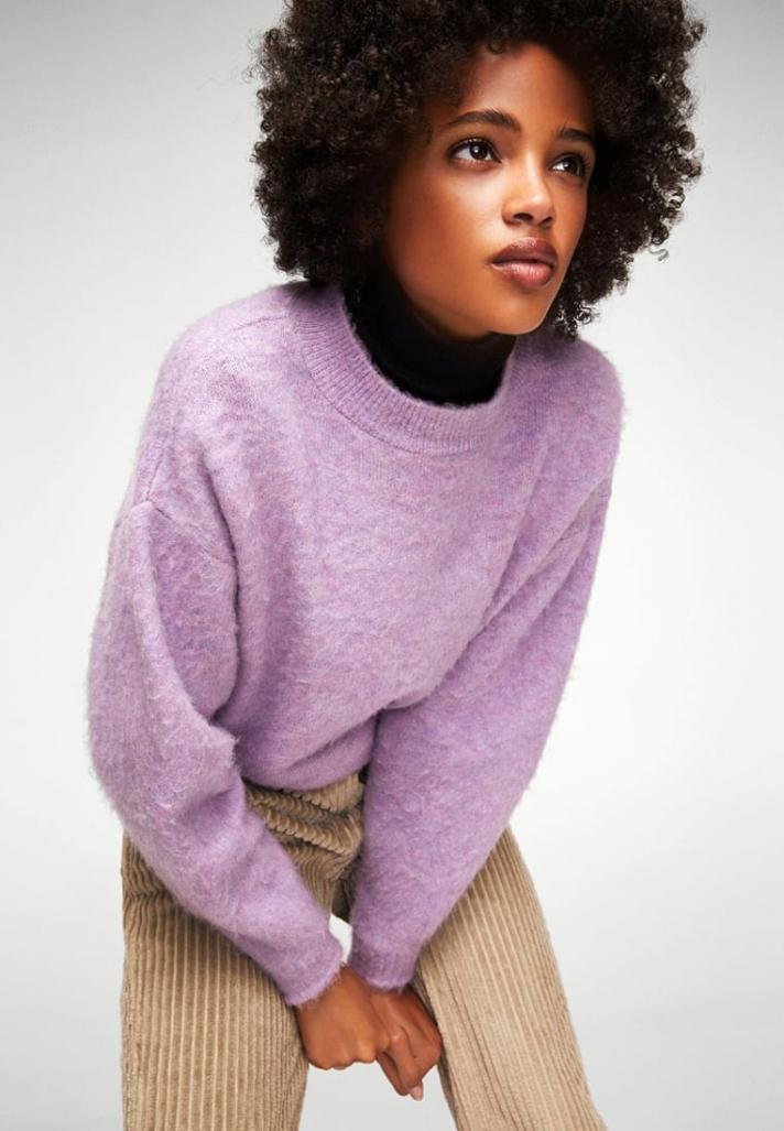 Pull en laine de couleur lila