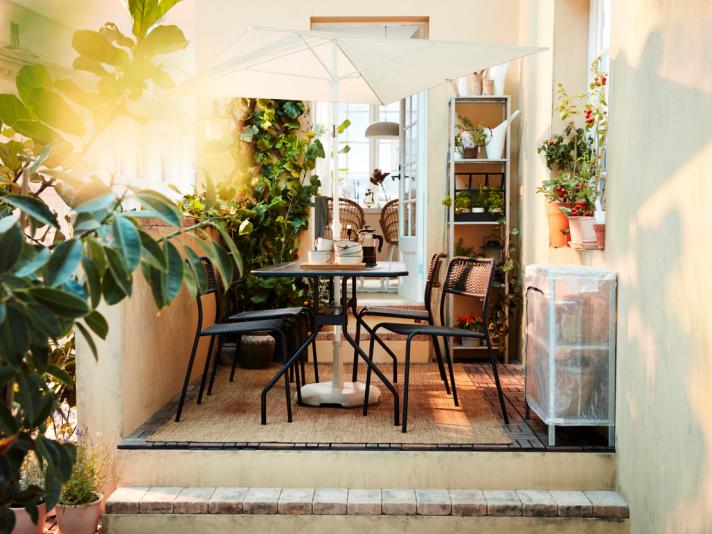 Dressez une belle table pour manger dehors