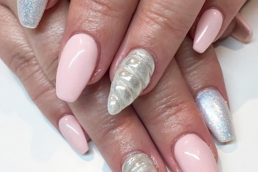 ON VEUT les ongles magiques licorne