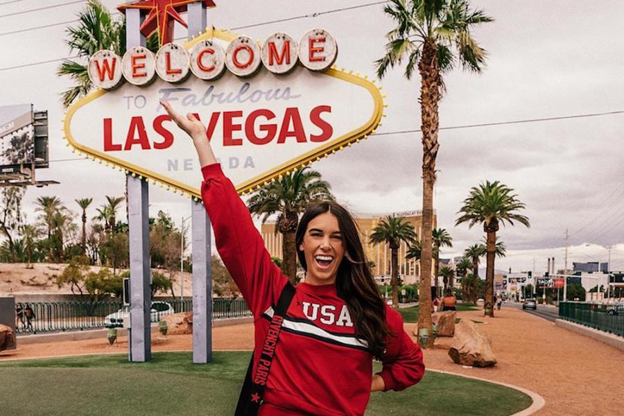 Curls and Bags in Las Vegas