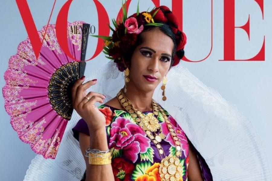 Une femme indigène et transgenre en une du Vogue Mexique