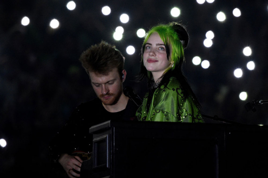 billie eilish groen haar