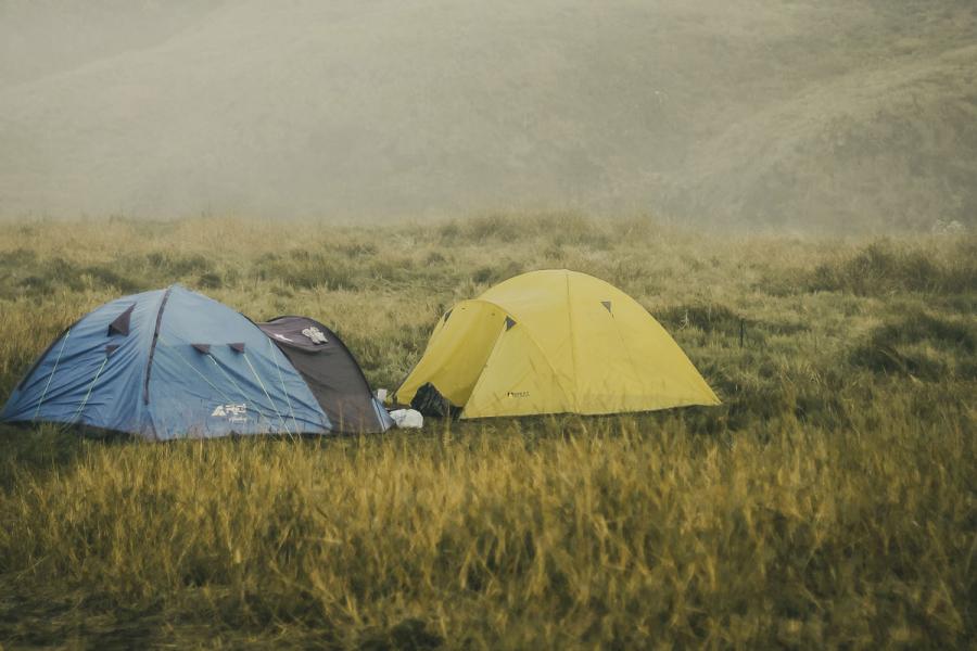 kamperen in natuur