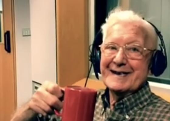 Ons Hart Breekt Deze 95-Jarige Opa Vertelt Hoe Hard Hij Zijn Vrouw Mist-3560
