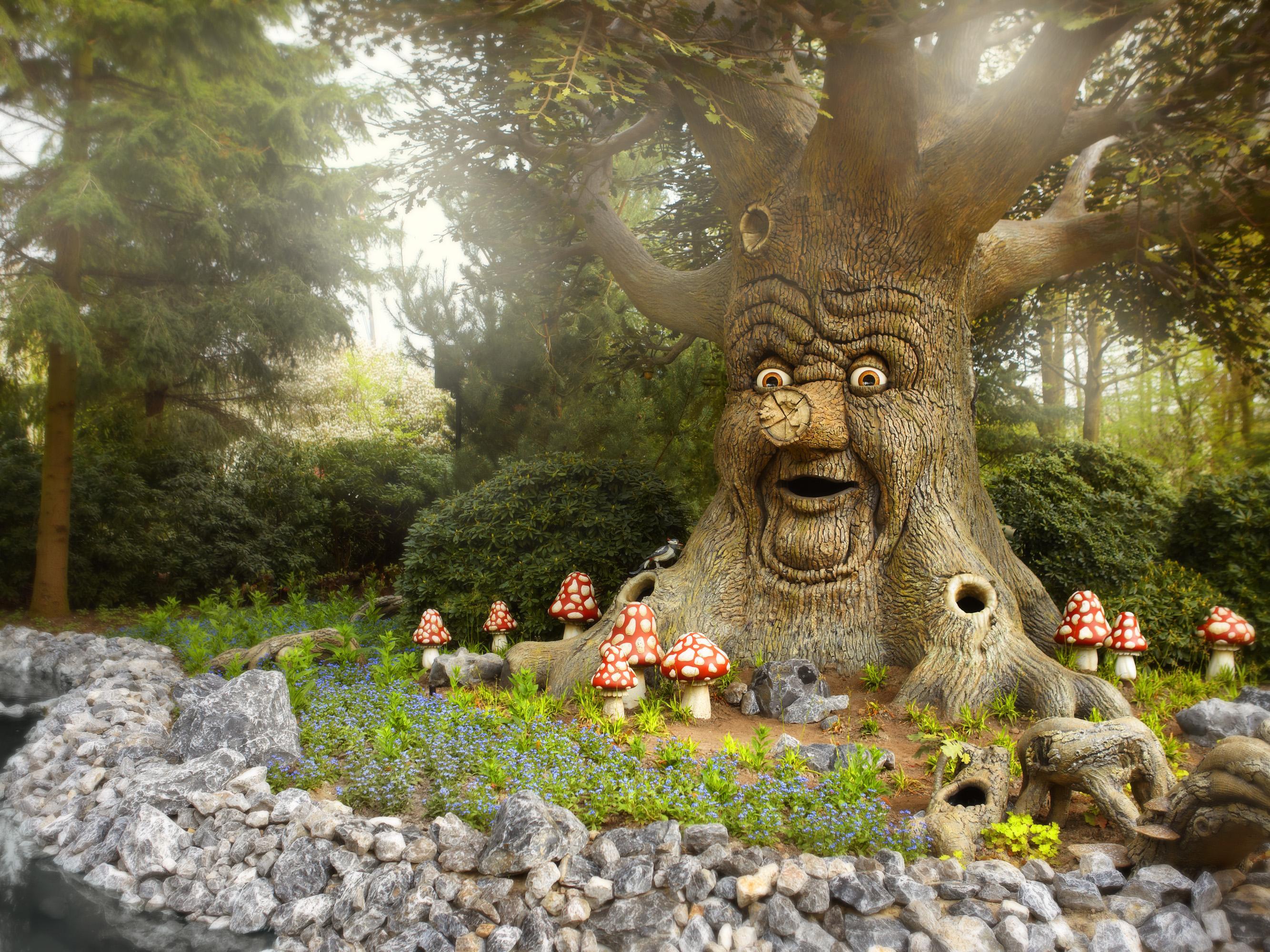 eftelingsprookjesboomliggend