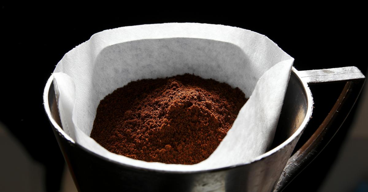 recyclage le marc de caf votre fid le alli pour une cuisine tincelante. Black Bedroom Furniture Sets. Home Design Ideas