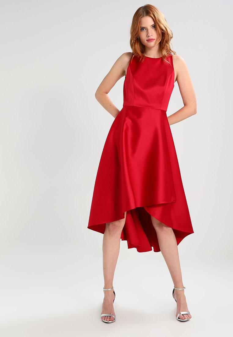 Robe rouge mariage interdit