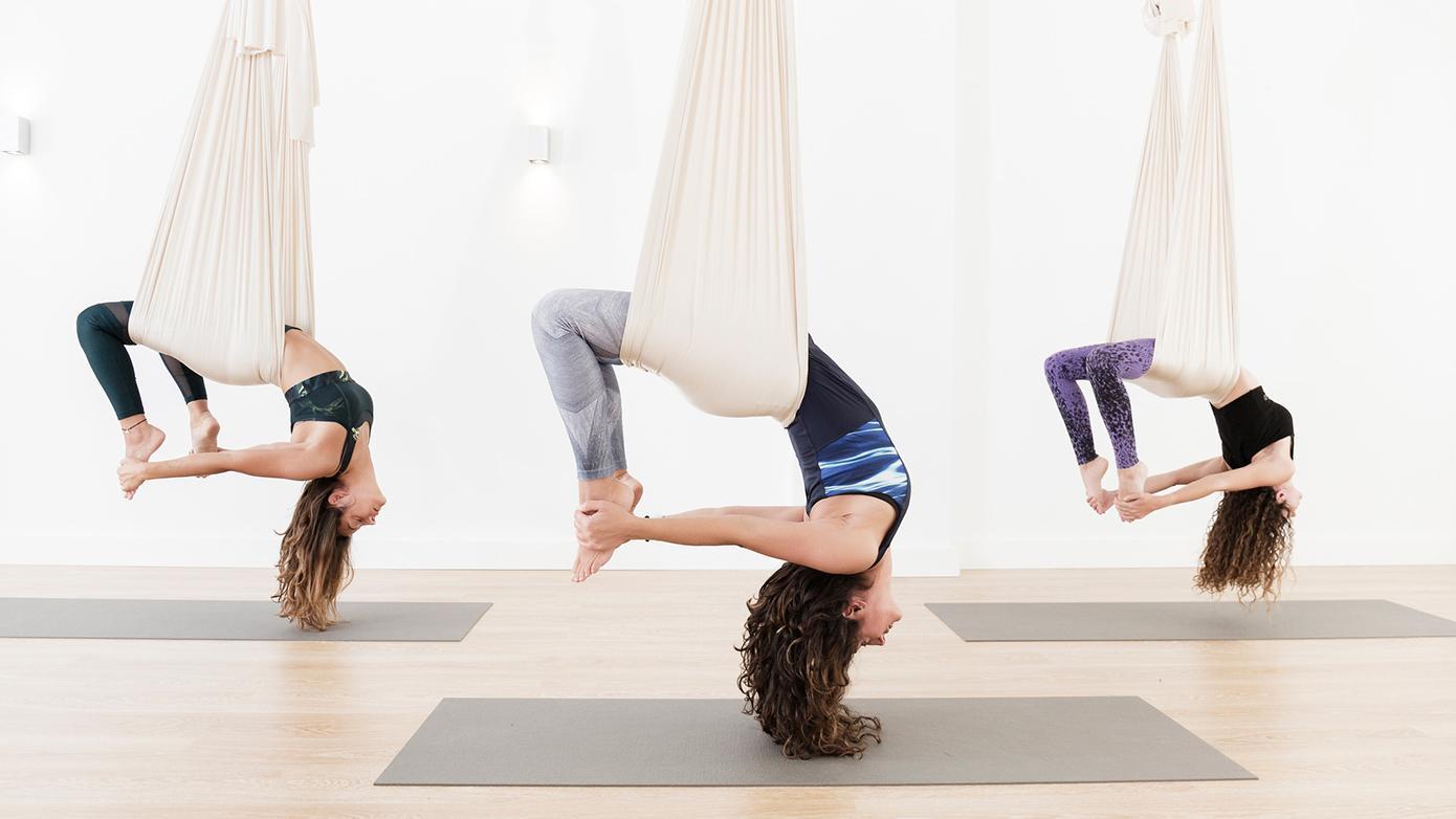 Moét je proberen: Flying Yoga in Antwerpen