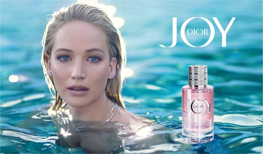 """Jennifer Lawrence, égérie du nouveau parfum """"Joy"""" de Dior"""