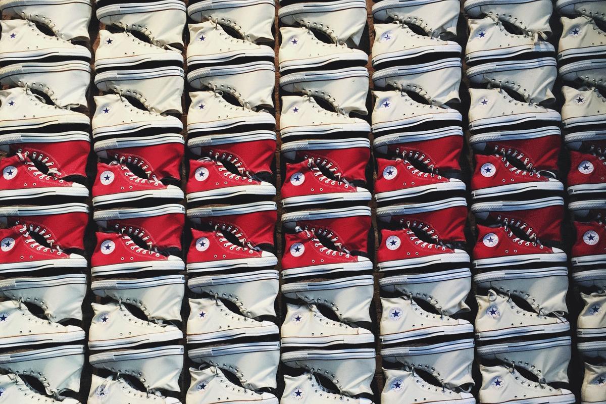 HEBBEN: scoor deze Converse-sneakers met een fikse korting ...