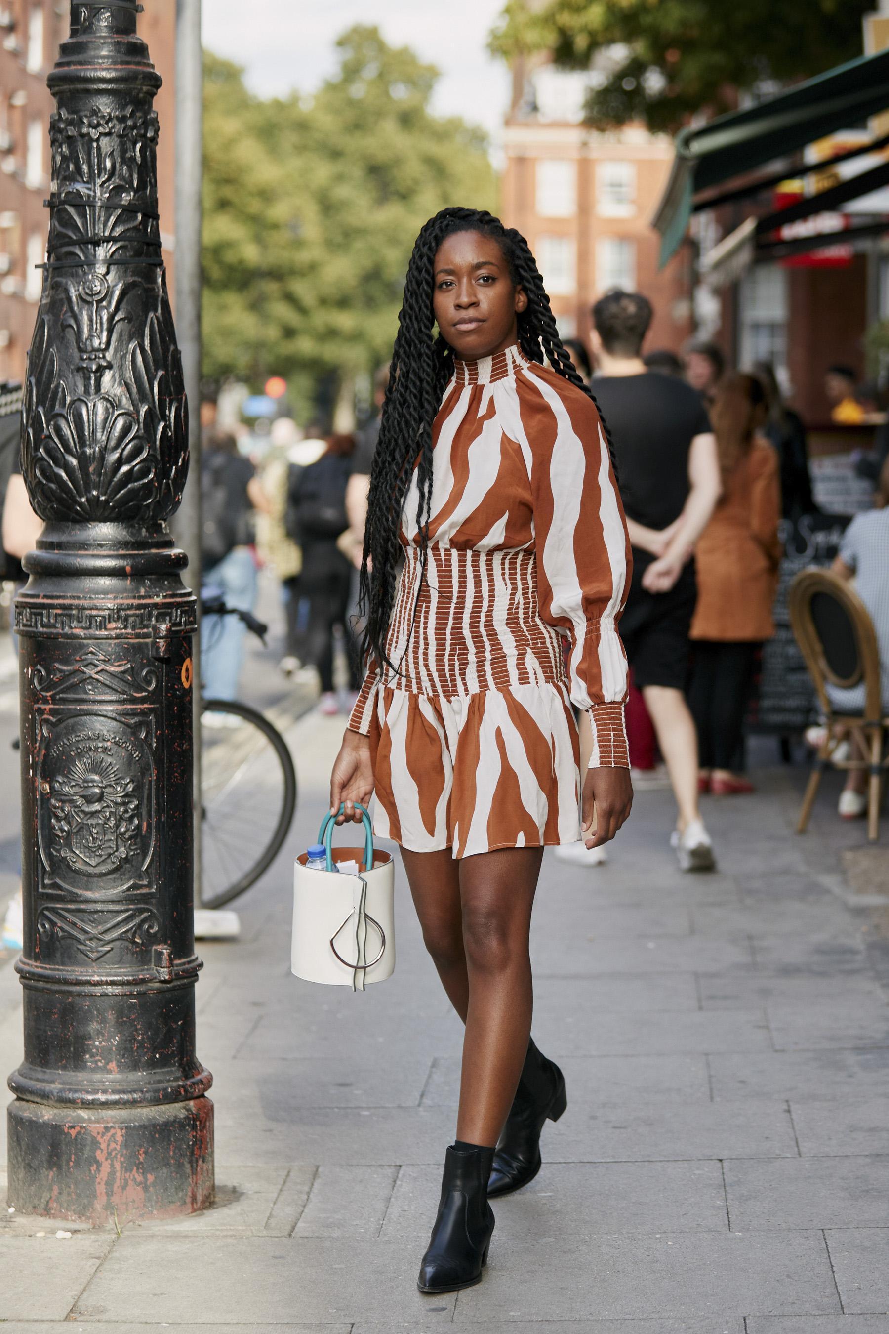 Summer vibes: les 9 robes à avoir dans son dressing cet été