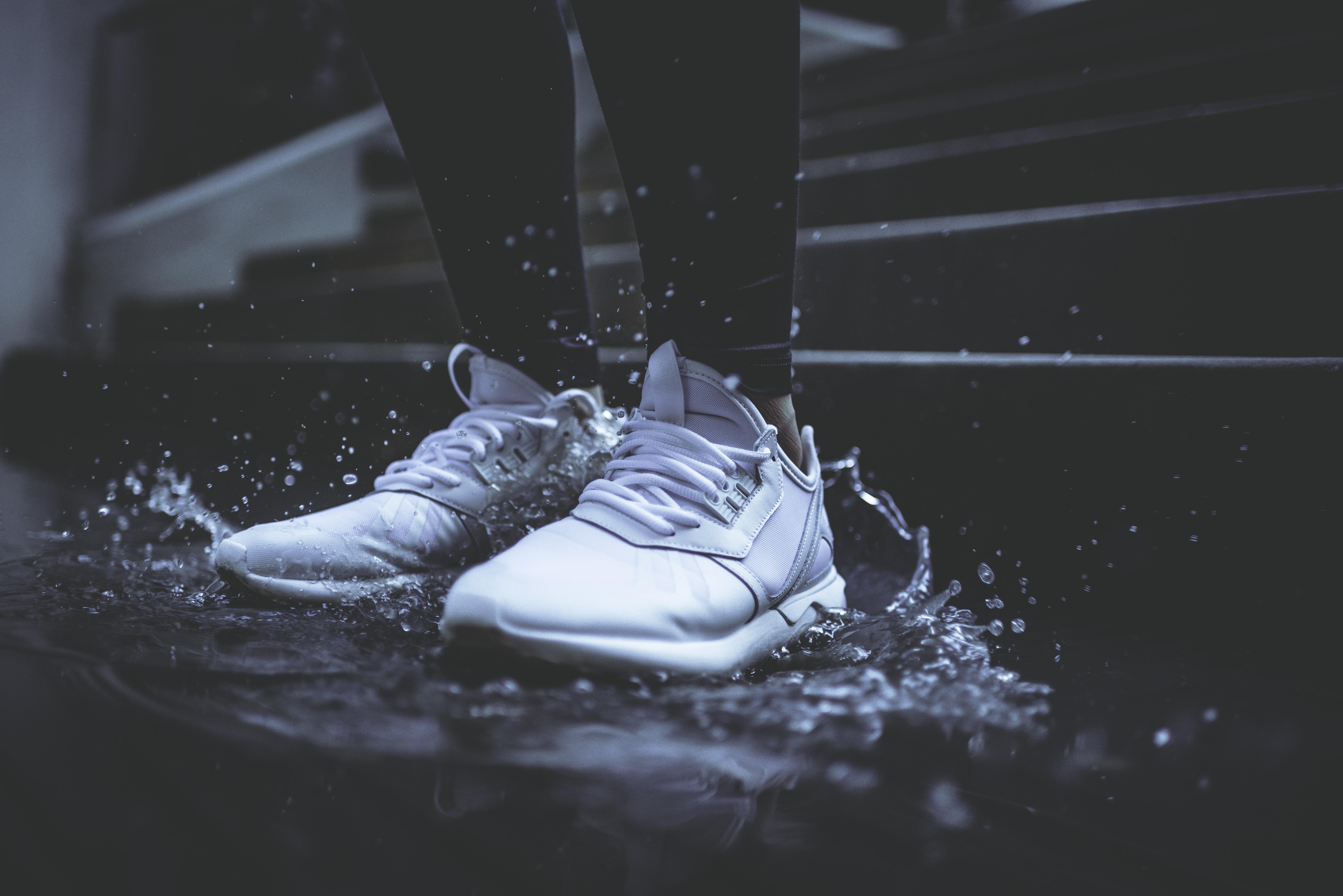 Comment Customiser Une Boite A Chaussure baskets: 2 endroits où faire nettoyer (et même customiser