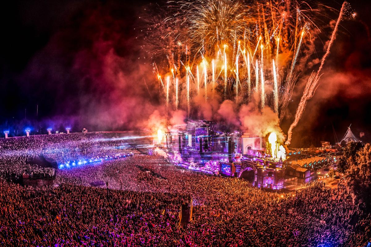 Tomorrowland dates