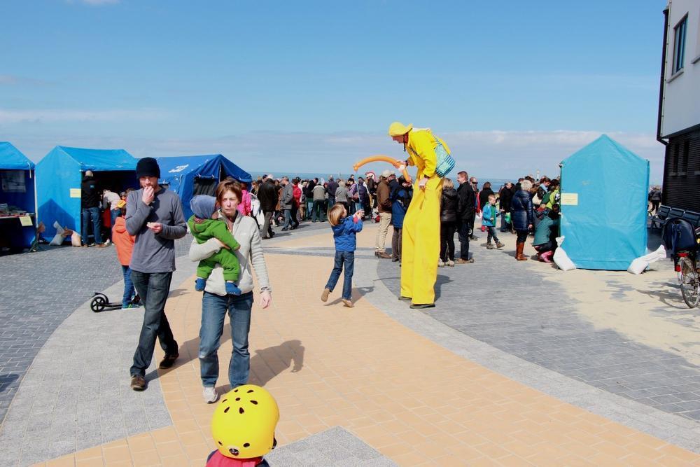 Heel wat activiteiten tijdens Zeedorp op stelten op het Loodswezenplein