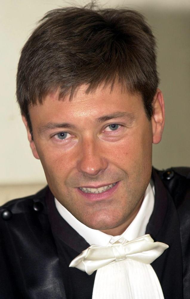 INSPECTEUR JPT (61): Gokverslaafde Bruggeling wurgde zijn lievelingstante