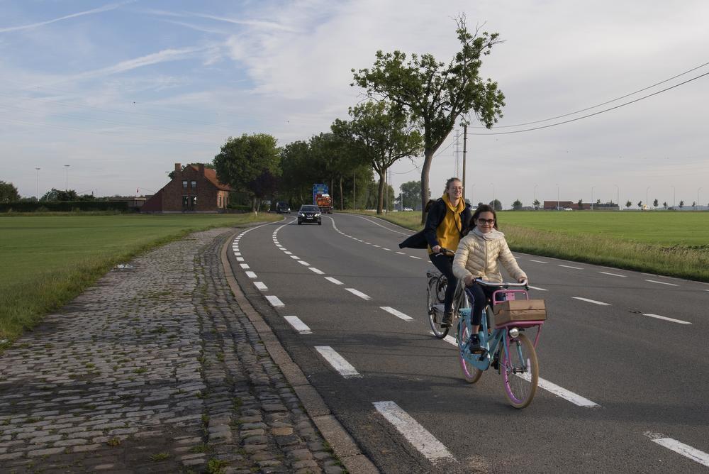 Ieper-Brielen - N8 - Veurnseweg - fietssnelweg F38 Ieper-Veurne.