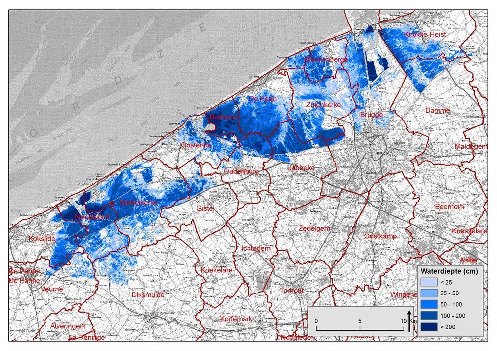 Het Agentschap voor Maritieme Dienstverlening en Kust Afdeling Kust maakte simulaties over de gevolgen van superstormen. De kaarten werden gemaakt vóór de aanvang van het Masterplan Kustveiligheid, die onze Kust moet beschermen tegen 1.000-jarige stormen. Ondertussen werden al verschillende beschermingswerken uitgevoerd. Op deze kaart zie je de gevolgen van een 1.000-jarige storm. Tegen 2050, wanneer het Masterplan Kustveiligheid volledig is uitgevoerd, zou de kaart geen blauwe zones meer mogen vertonen.