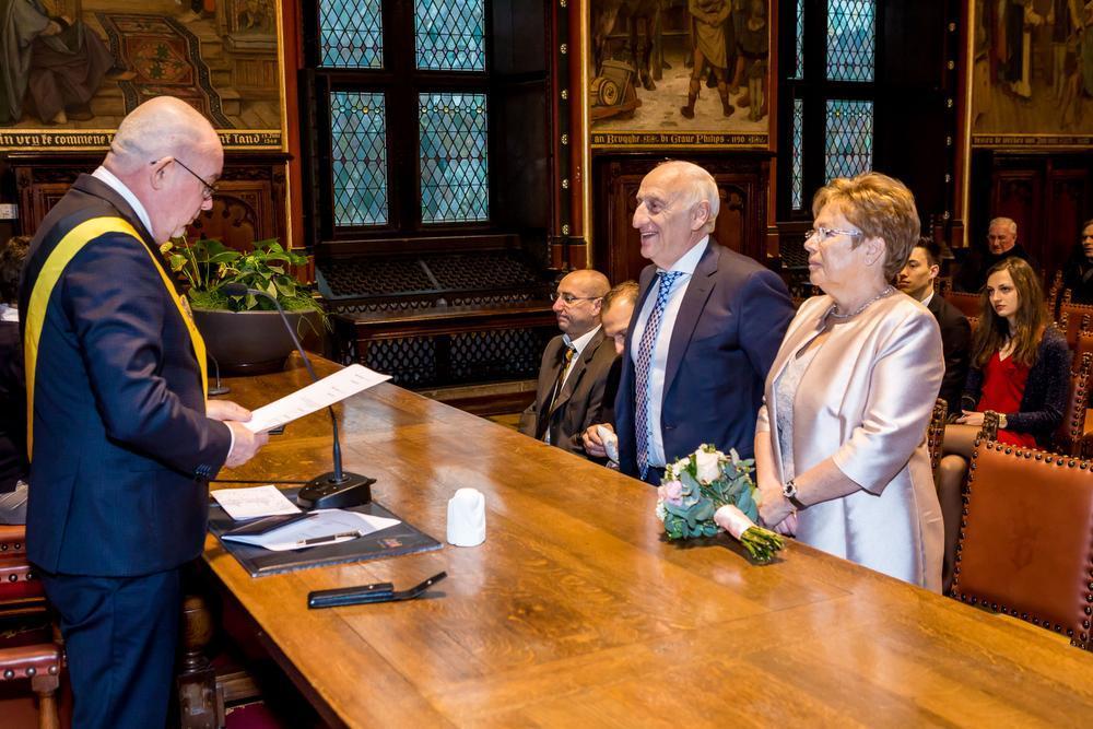 Schepen Laloo bezegelde het huwelijk.