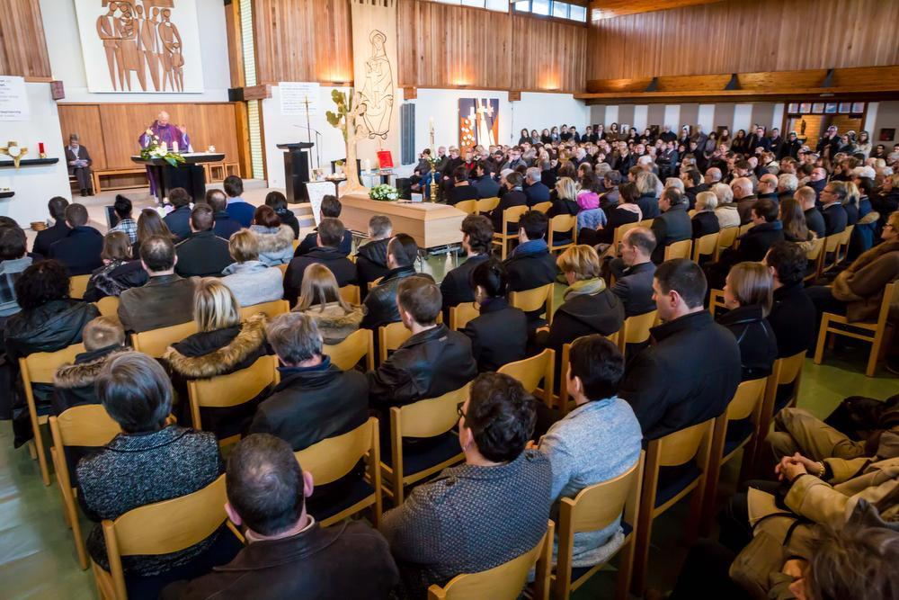 De Sint-Godelievekerk was tot aan de nok gevuld.