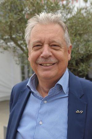 Dirk Dupont vervangt Leopold Dekeyser als voorzitter van Unizo Kortrijk