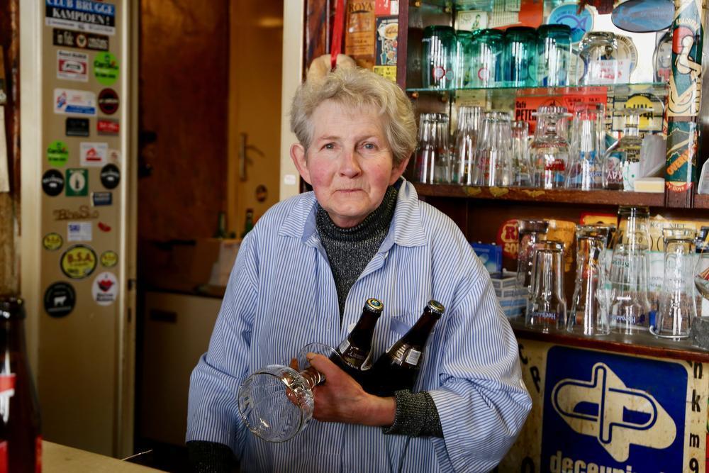 Marie-Jeanne staat er al 59 jaar achter de toog.