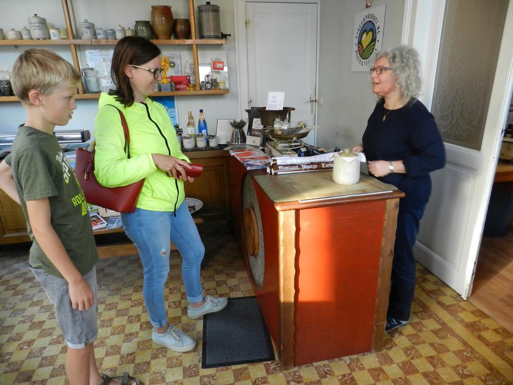 Snuisteren in het winkeltje van Mostaard Wostyn.