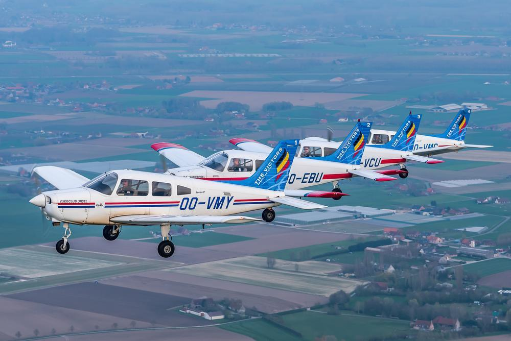 Standaard vliegen ze een voorstelling met vier vliegtuigen.