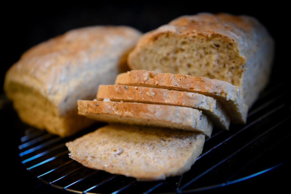 Rita Waelkens maakt speltbrood