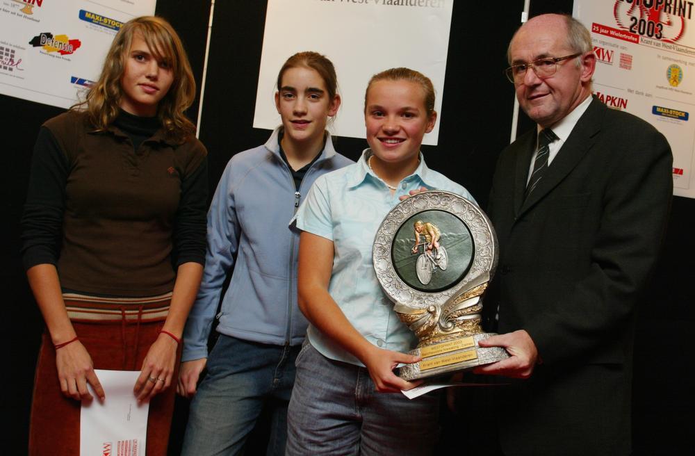 Lindsey Sticker won in 2003 eerste WestSprint voor dames nieuwelingen