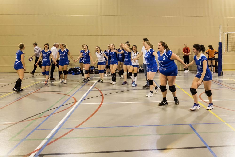 Supporters VT Lichtervelde zetten Oostkampse sporthal op stelten