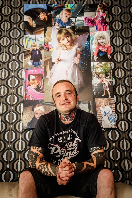 Papa Tim D'heedene liet een vlinder tatoeëren ter nagedachtenis van zijn dochtertje Nyah.