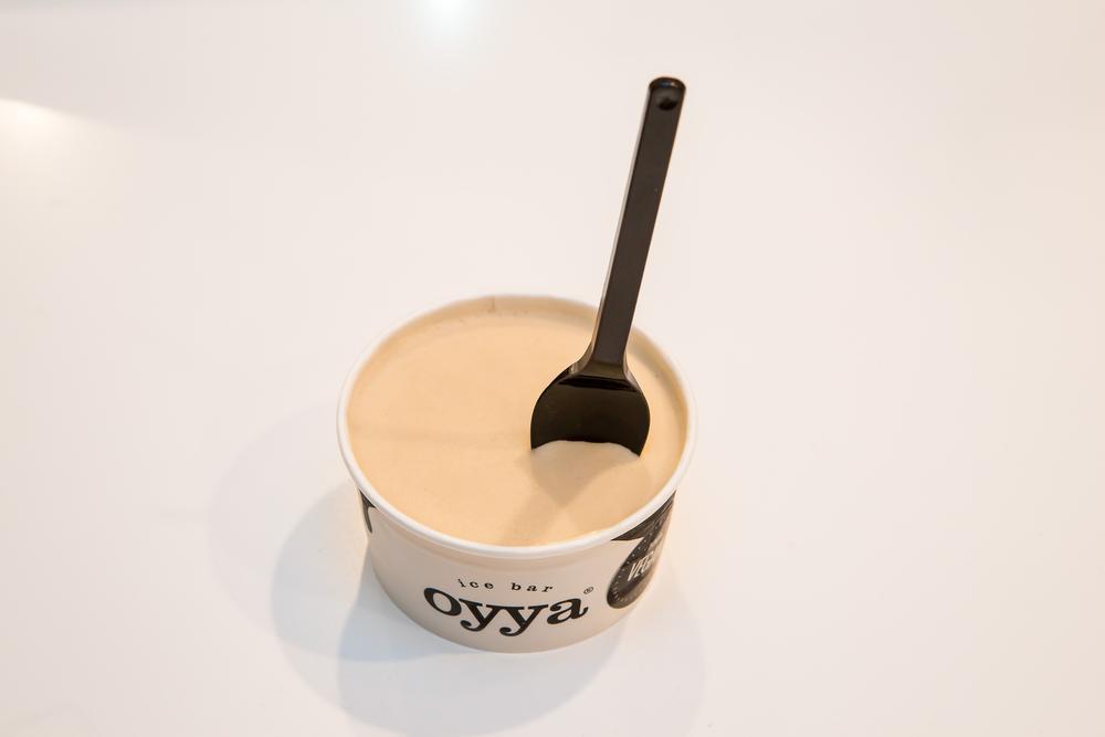 Een vegan ijsje van Oyya.