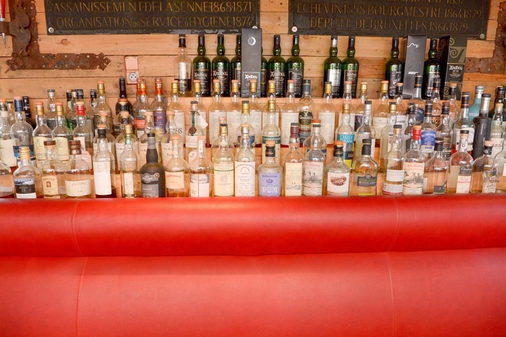 De whiskycollectie is ronduit indrukwekkend