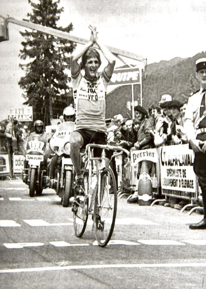 Bij zijn Tourdebuut als ploegleider in 1980 won Lefevere meteen twee bergritten in de Alpen: met Jos Deschoenmaecker en Ludo Loos (foto).