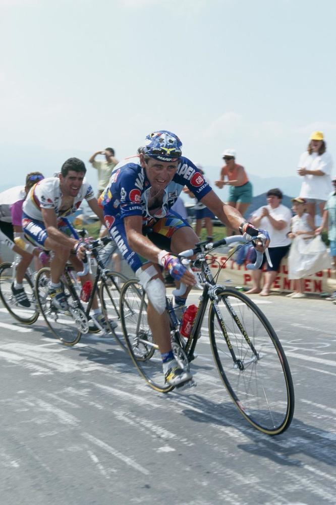 Abraham Olano en Tony Rominger kwamen in de Tour van 1996 veel te kort in het hooggebergte om een vuist te maken tegen Bjarne Riis.