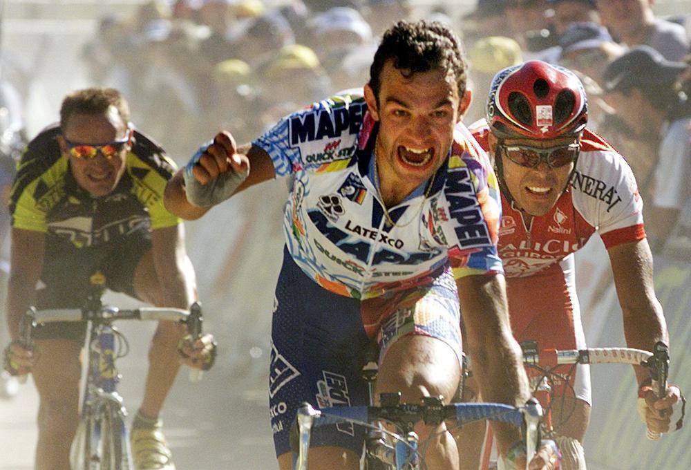 Daniele Nardello, nochtans geen uitgesproken klassementsrenners, bezorgde Lefevere toptienplaatsen in de Tour van 1998, 1999 en 2000.