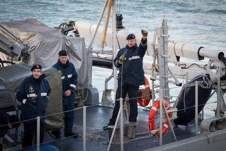 Mijnenjager Crocus na vier maand terug in de thuishaven in Zeebrugge