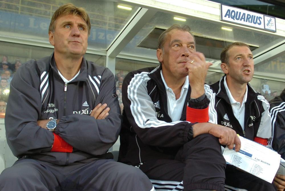 In de zomer van 2005 wordt Jan Ceulemans aangesteld als nieuwe trainer van Club. Met ook nog René Verheyen, Franky Van der Elst en Dany Verlinden in de technische staf is de vriendengroep compleet. Op 1 april 2006 volgt echter een bittere pil: Ceulemans en Verheyen worden aan de deur gezet na verlies in Gent.