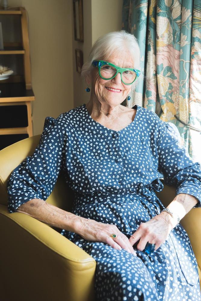 Brigitta Simoens: negentig en voor één keer een open boek
