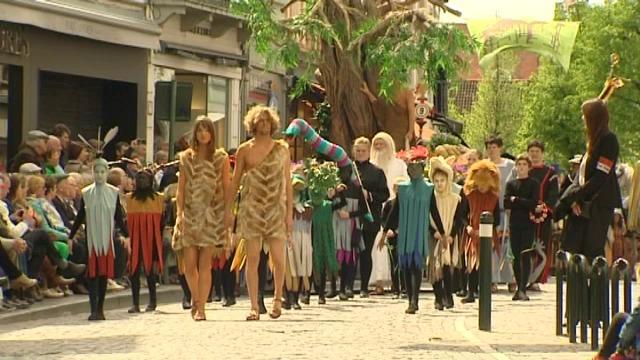 Zo'n 35.000 mensen wonen Heilig Bloedproccesie in Brugge bij