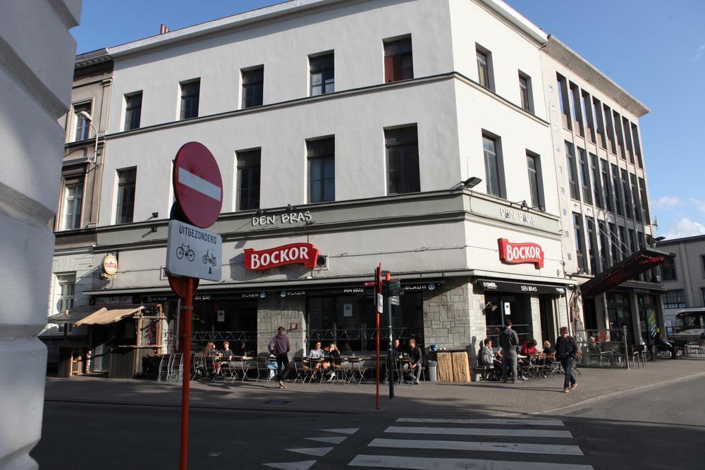 Caféklap in Den Bras: