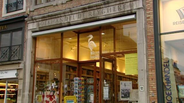 Boekhandel De Reyghere uit Brugge blaast als oudste in Vlaanderen 125 kaarsjes uit