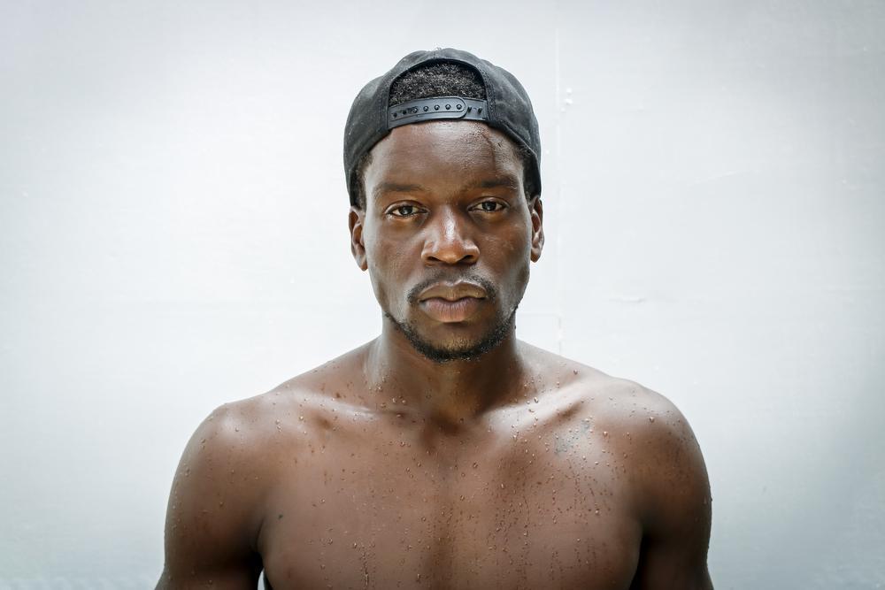 Gaetan is account manager en model en weet met zijn humor alle vrouwen te laten lachen. Daarnaast is hij trots op zijn Congolese roots en noemt zichzelf dan ook de definitie van een Congolese man: humor, karaktervol, ijdel, sociaal en een passionele danser. Gaetan gelooft niet in relaties en ziet zichzelf als de eeuwige single.